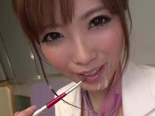 【加藤リナ】白い綺麗なスカートスーツ姿で顔射されるギャル系美女