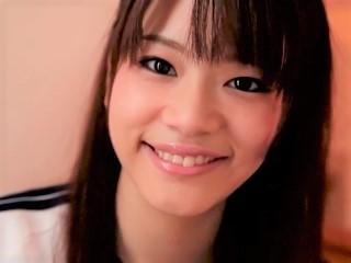 【大沢里菜】体育着姿で跪いてフェラとパイズリで抜いてくれるロリ系美少女