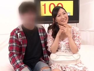 【水崎由里】彼女が男優とSEXしているのを見ても30分間彼氏がチ○ポを勃起するのを我慢できたら100万円!