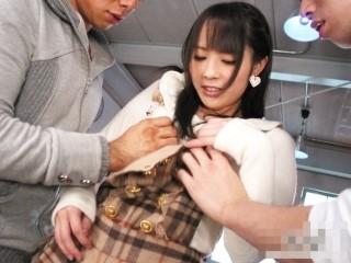 【佳苗るか】体験人数まさかの1人!初々しい黒髪美少女がデビュー作で初めての3PFUCK!