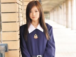 【千花澪】制服姿のままホテルの部屋でハメ撮り援交セックスをする美少女女子校生