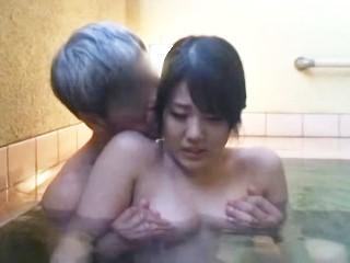 人妻不倫温泉 07 片平美海