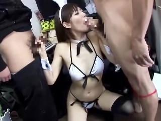 宅配・淫語飲精グラビアモデル 榊なち