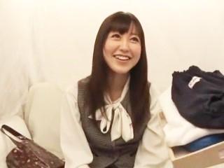 デカ尻素人駅前ブルマ試着 3 恵比寿OL編 篠田ゆう