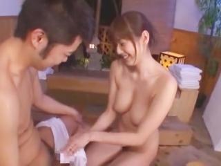 筆おろしの湯 ~童貞専門お風呂屋さん~ 麻美ゆま